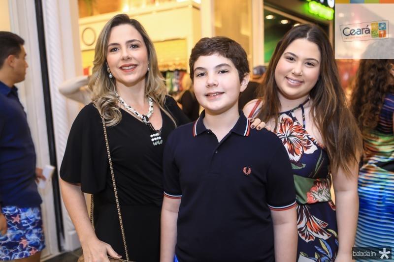 Suyane, Joao Claudio e Marcela Dias Branco