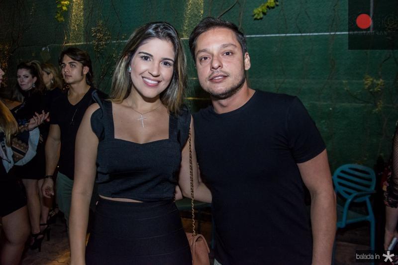 Anie Sales e Joao Vitor Medeiros