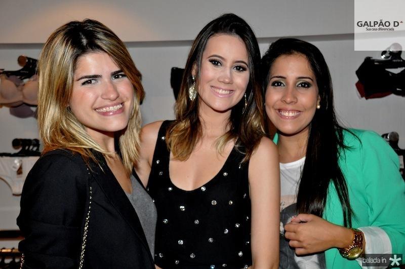 Carla Amaral, Karla Viana e Thais Farias