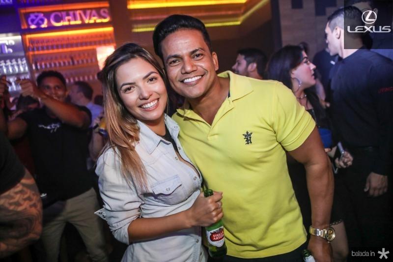Amanda Vasconcelos e Netinho Sao Dois
