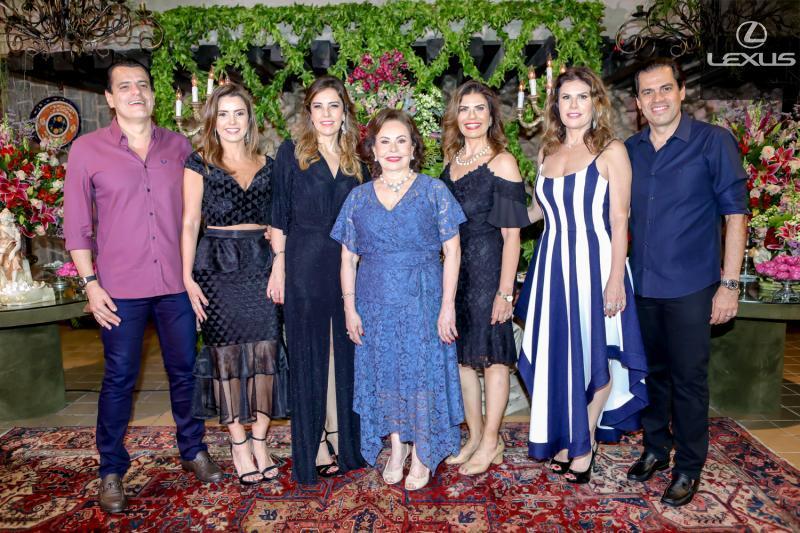 Magno, Patricia, Rosele, Marly, Silvana, Karla e Etevaldo Nogueira