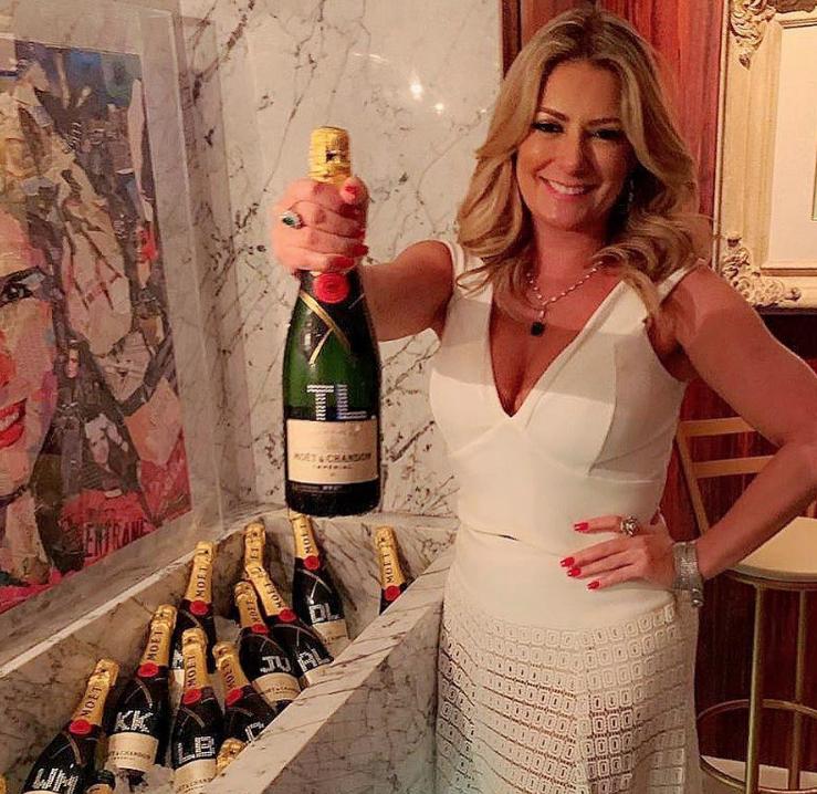 Tatiana e sua garrafa personalizada