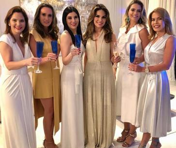 Cristiane Carneiro, Roberta Nogueira, Lia Linhares, Eveline Fujita, Tais Pinto e Maira Silva