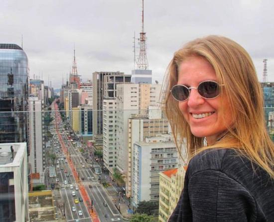 Nely de Carvalho