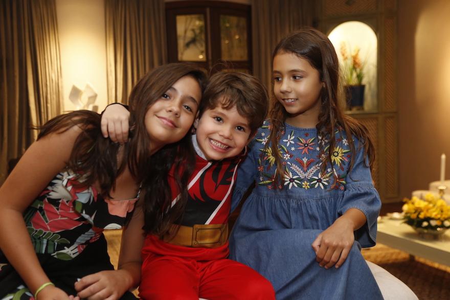 Maria Bacelar, Constatino Queiroz e Sara Bacelar