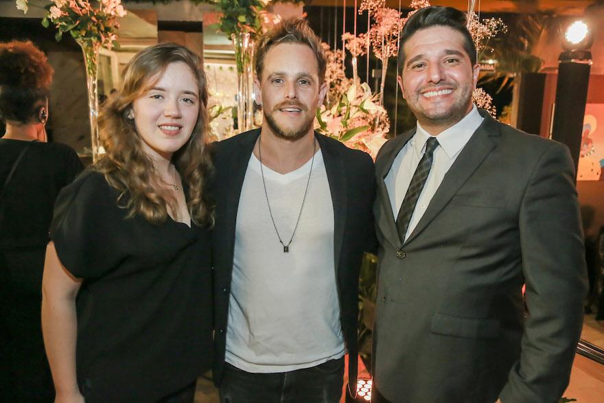 Isabella Ney, Thiago Camargo e Pedro Gurjão