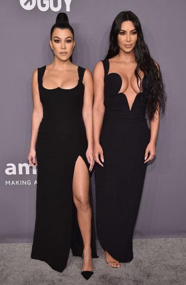 Kourtney Kardashian e Kim Kardashian West