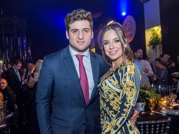 Omar Macêdo e Fernanda Levy