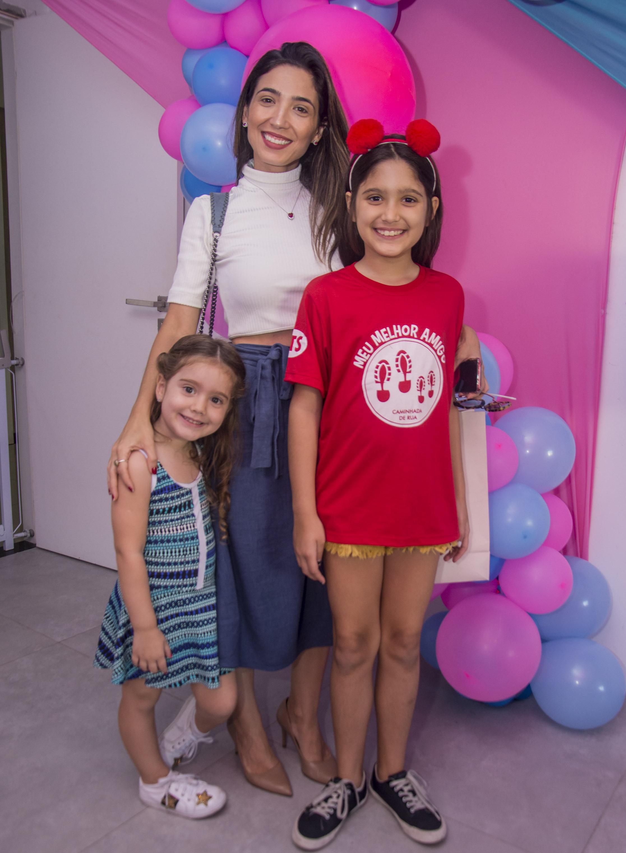 Valentina, Renata e Isabela Marinho