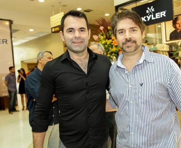 0f3ef8996 Allan Sankey e Leonardo Brasil. Allan Sankey e Leonardo Brasil. Tags: Allan  Sankey Ferrovia Eyewear
