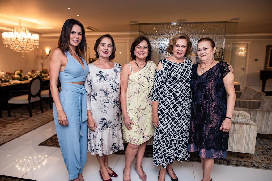 Luciana Sousa, Zena Targino, Ana Studart, Auxiliadora Paes Mendonca e Helena Diogo