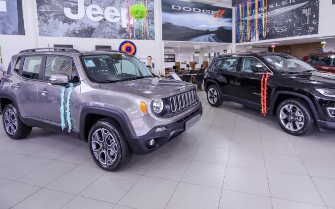 Newsedan Jeep