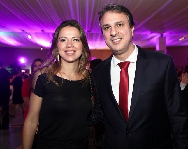 Onélia Leite e Camilo Santana