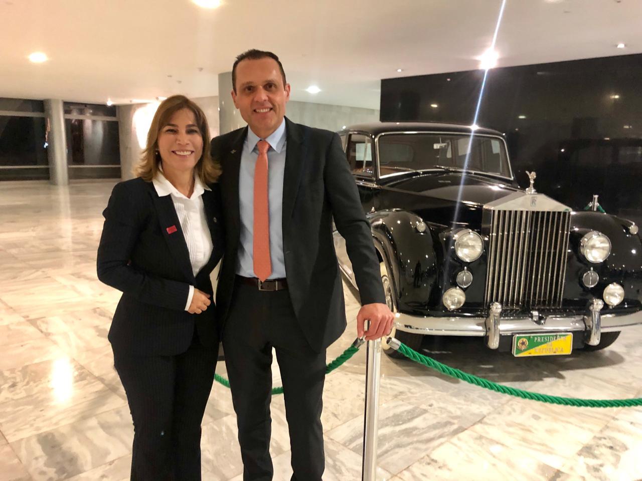 Maira Pinheiro e Eduardo Diogo