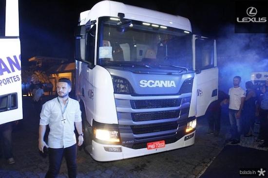 Novo caminhão