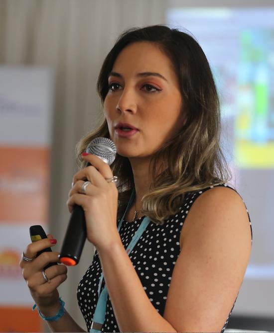 Emanuelle Carvalho