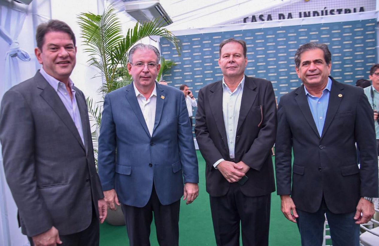 Cid Gomes, Ricardo Cavalcante, Júlio Ventura e Zezinho Albuquerque