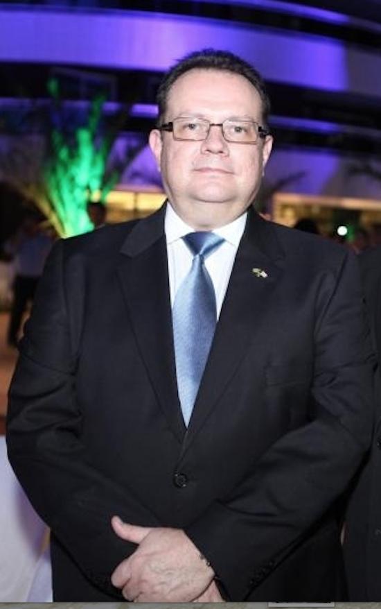 George Gress, suoerintendente da Caixa