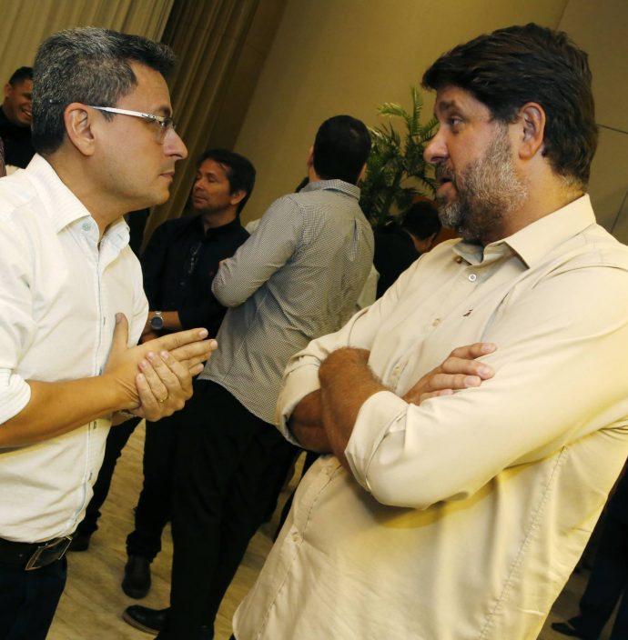 Adriano Muniz E Rafael Rodrigues