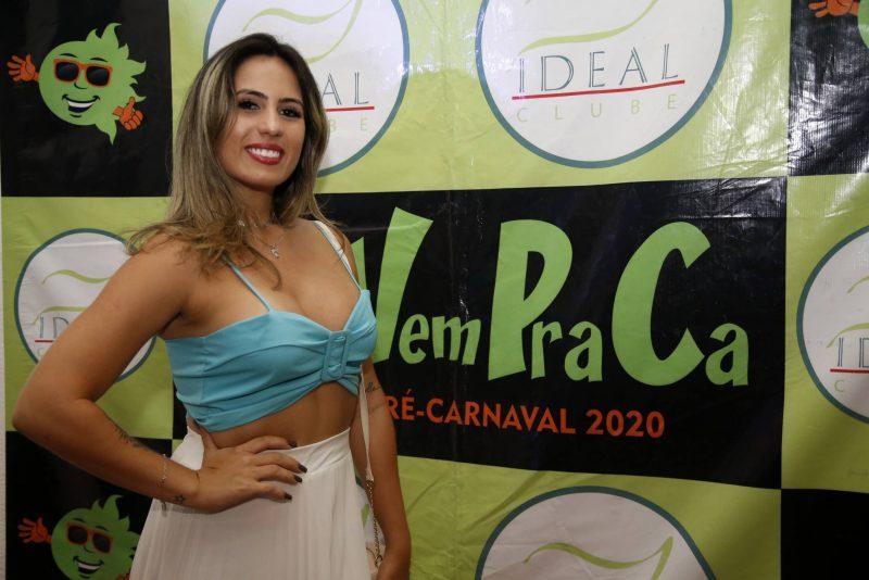 Em clima de folia - Em ritmo de pré-carnaval, Bloco Vem Pra Cá agita o Ideal Clube