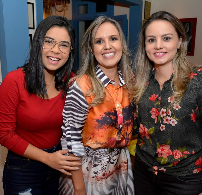 Amanda Maia, Charise Godoi E Fernanda Sayao