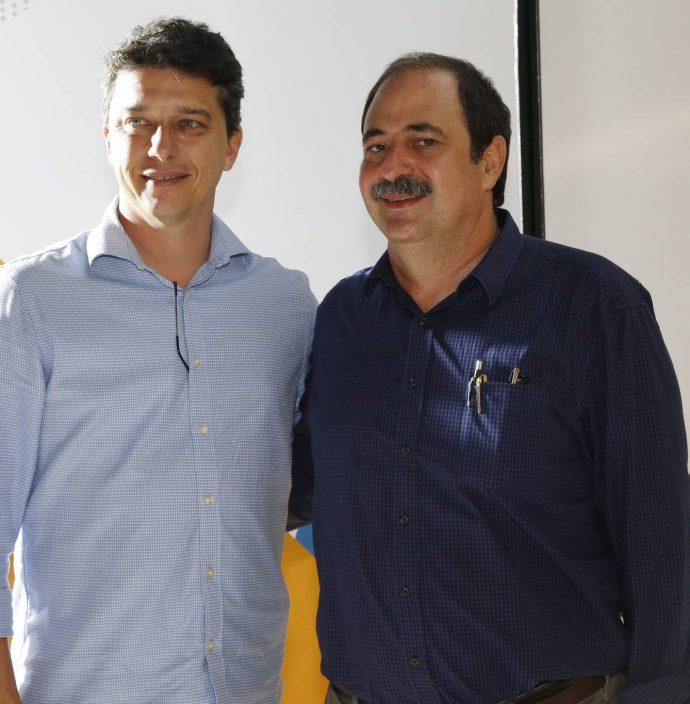 Andre Siqueira E Paulo Andre Holanda