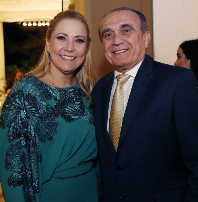 Andrea E Raimundo Delfino