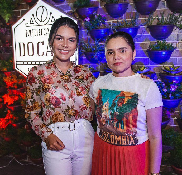 Andrea Nasser E Adriana Nunes