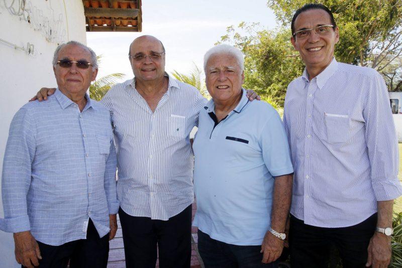 Reminiscências - Lúcio Brasileiro promove tradicional confraternização da Escola Unidos do Natal