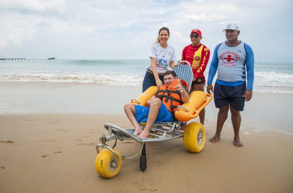 Projeto Praia Acessível amplia funcionamento na temporada de alta estação