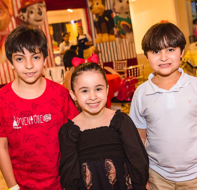 Arthur, Valentina E Davi Brasileiro