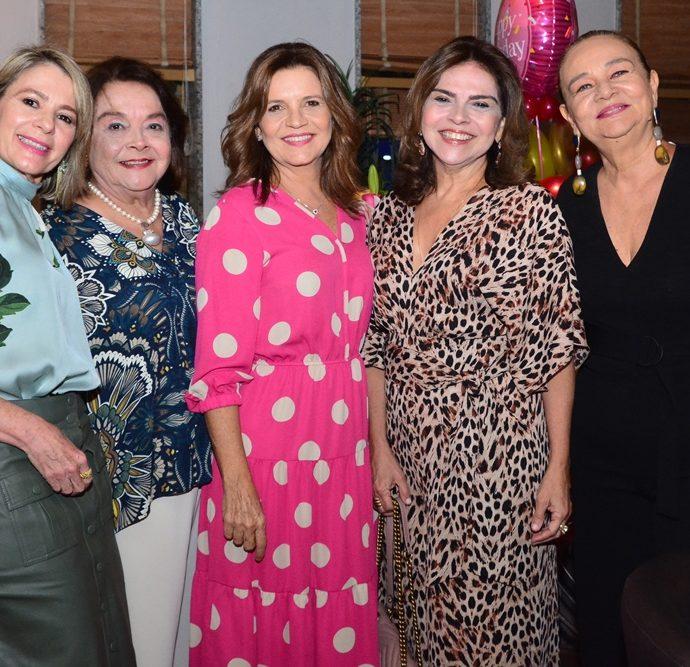 Bel Machado, Sheila Cavalcante, Geni Correia Lima, Keivy Machado E Cristiane Levy.