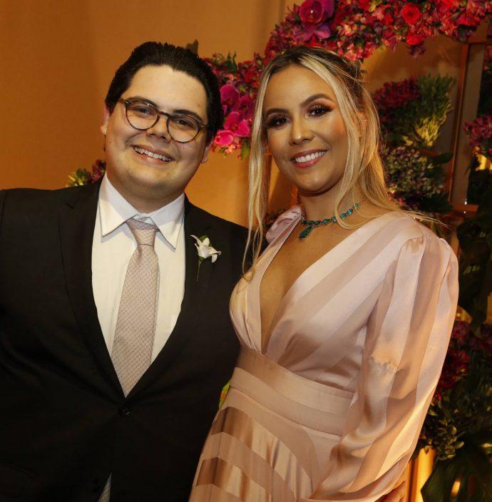 Bob Santos Filho E Andressa Frota