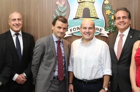 Roberto Cláudio recebe embaixador Patrick Herman