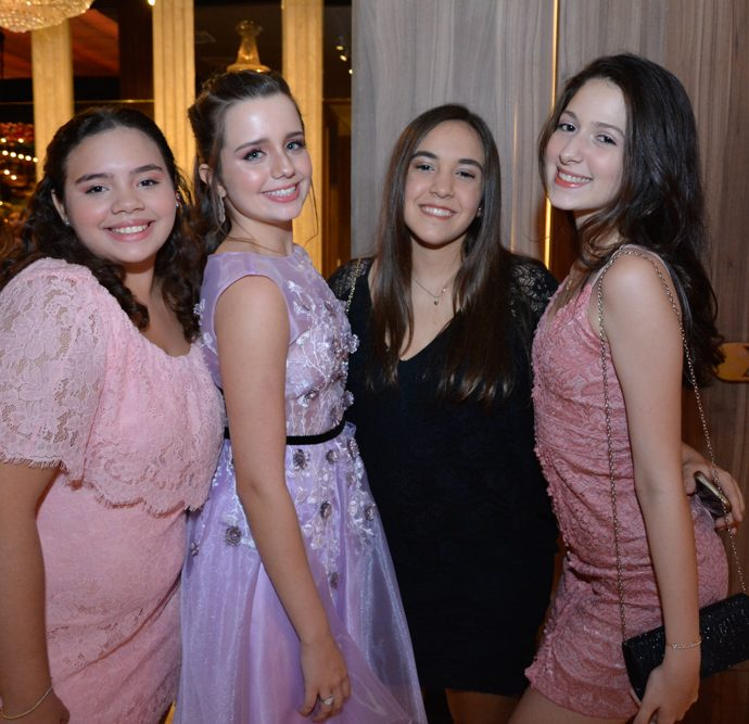 Bruna Gabriele, Beatriz Vicentini, Leticia Letiere E Rafaela Medeiros