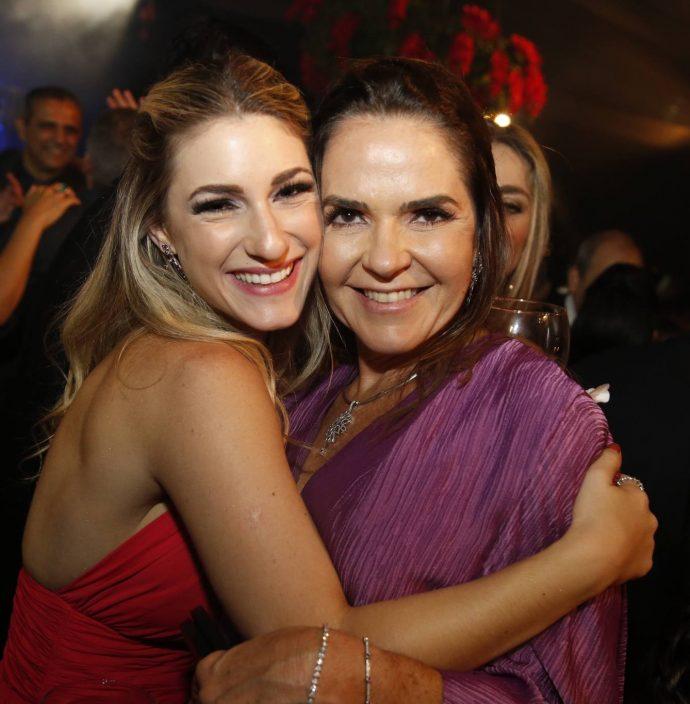 Bruna Magalhaes E Rafaela Pinto