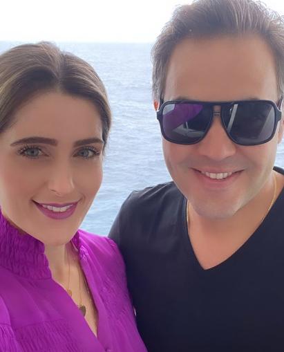 Rebeca Leal e Bruno Bastos curtem dias de festa a bordo do cruzeiro de Wesley Safadão