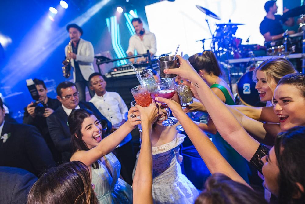 Brava Wine e One Two Drink assinam o cardápio de bebidas de casório no Ideal Clube