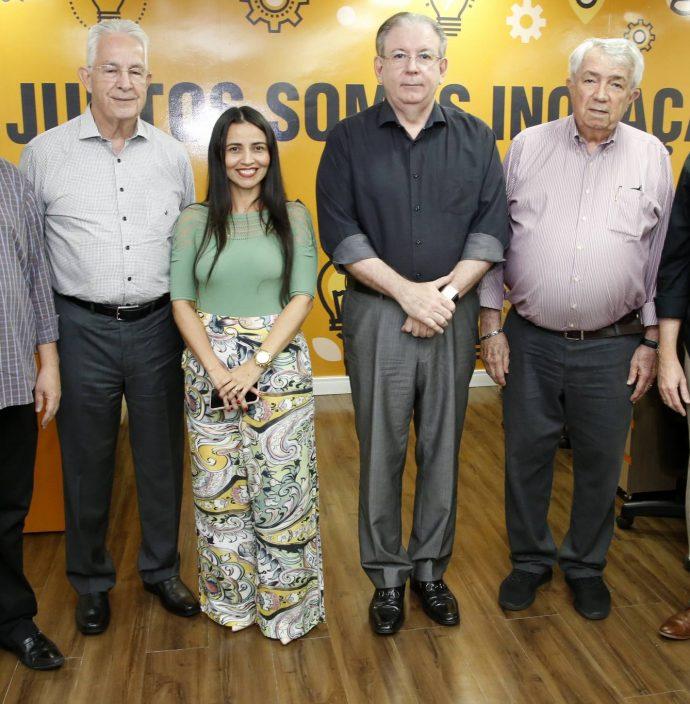 Chico Esteves, Carlos Prado, Dana Nunes, Ricardo Cavalcante, Roberto Macedo E Edgar Gadelha