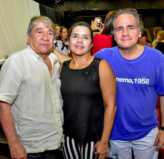 Cleiton E Ariadine Marinho E Ricardo Bacelar