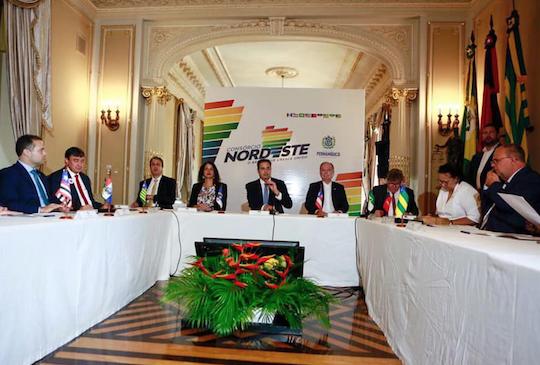 Governadores buscam unir forças para atrair mais desenvolvimento à região