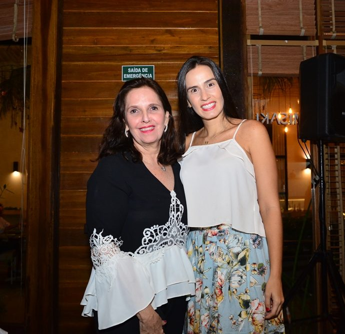 Cristina Rocha E Bianca Correia Lima
