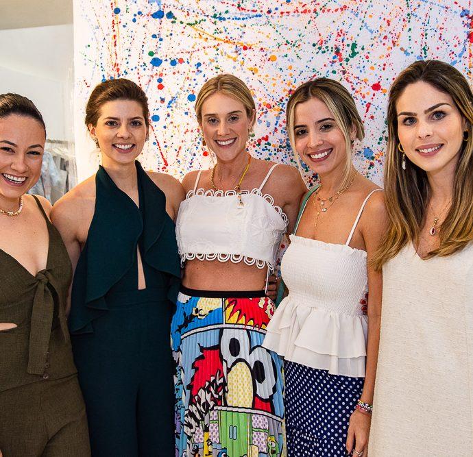 Daniela De Paula, Leli Albuquerque, Bruna Polli, Mikaela Bottura E Andrea Corbetta
