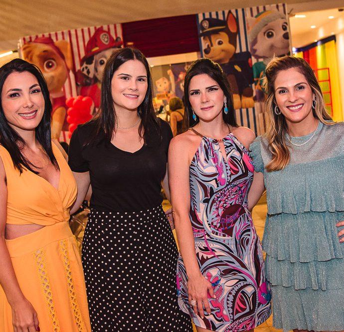 Danielle Linheiro, Camile Carneiro, Marilia Vasconcelos E Mariana Mota