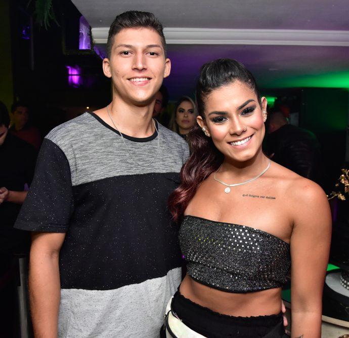 Davi Silva E Vitoria Melo