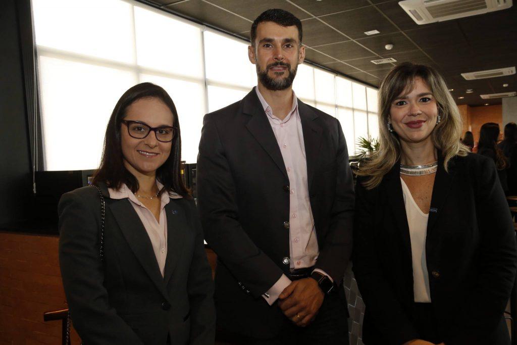 Dimas Barreira, Fernanda e Amanda Machado