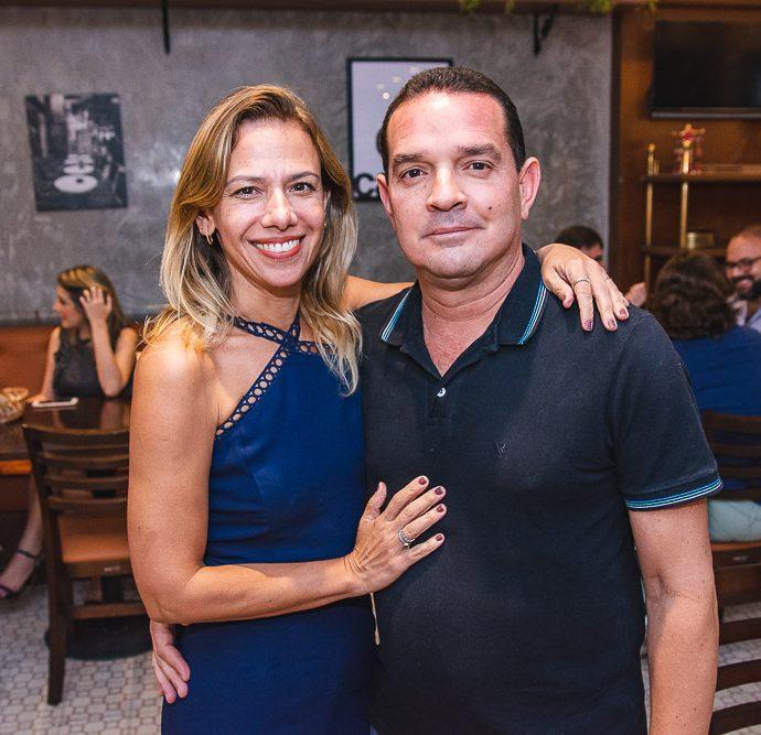 Elisangela Mariano E Jose Santana
