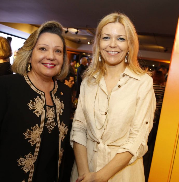 Fernanda Jensen E Cristina Pedrozo