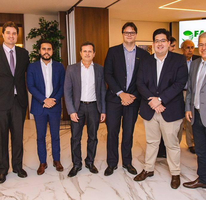 Fernando Laureano, Rodrigo Nobrega, Marcos Andre Borges, Lucas Sousa, Yuri Torquato E Paulo Cesar Noroes