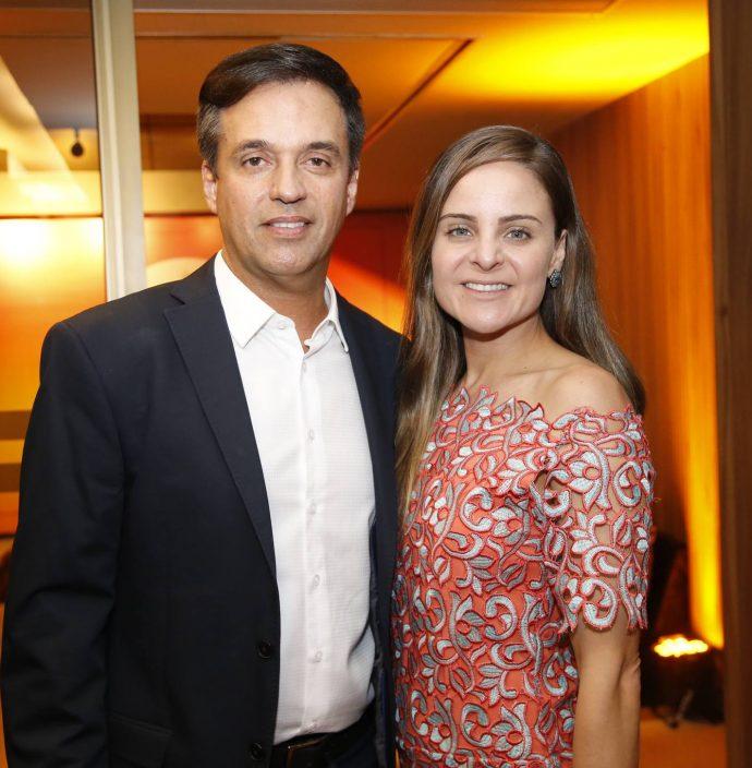 Fernando Novaes E Ana Virginia Furlane